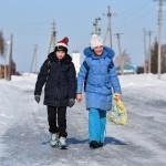 Село Андреевка Аургазинского района. Школьники идут домой