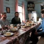 Село Андреевка Аургазинского района. Скорбященская церковь. В гостях за столом
